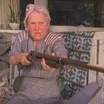 【激おこプンプン】「ガス代が高けぇ~ぞ!!」とゲームに没頭するおばあちゃんのプレイが痛快www